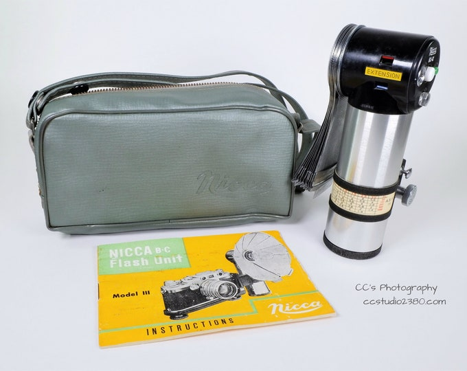 Nicca Camera BC-III Flash Unit with Nicca Case, Handle, Instructions - Vintage 1950s -