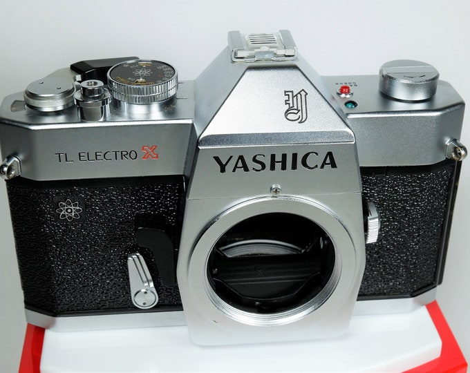 Yashica TL Electro X 35mm SLR Film Camera - Rare Made in Hong Kong Model - Includes New Battery - 100% Fully Working