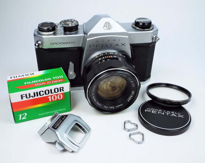 Vintage Asahi Pentax SP Spotmatic 35mm SLR Camera w/Super-Takumar 55mm f1.8 Lens, Cap, UV Filter, Cold Shoe & Free Fujifilm! Fully Tested!
