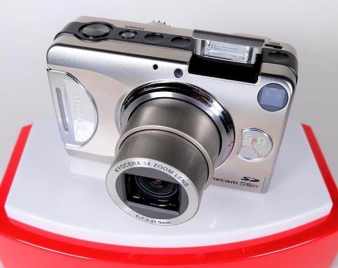 Kyocera Finecam S5R Digital Camera Set - Sharp Kyocera Glass 3X Zoom Lens - 5MP - Silver - Original Box, Inst Books, Adobe CD, Battery, SD