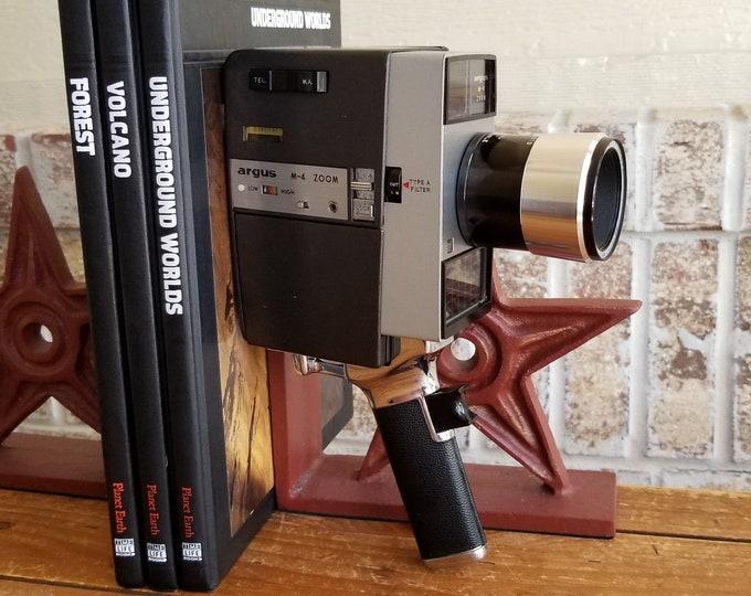 Vintage Argus M-4 Zoom 8mm Movie Camera w/ Argus f1.9 10-27mm Zoom Lens - Super Clean - Motor Works! Perfect for Display or Repair or Parts