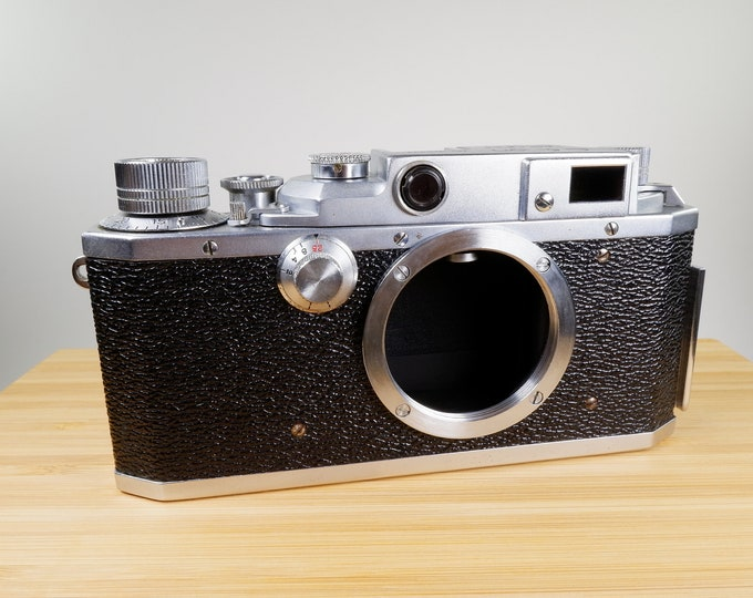 Canon II D1 35mm Rangefinder Camera from 1955 - Super Clean - Takes Leitz-Leica LTM Screw Mount Lenses - A Classic Canon for your Collection