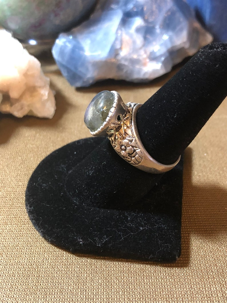 Adjustable Size Ring Super Colorful Labradorite in Pewter
