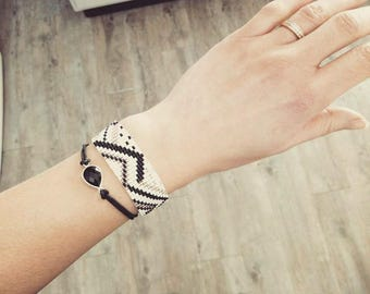 Woven bracelet Beads Bracelet women, girl, with white geometric patterns, black and silver, trendy, personalized, gift idea