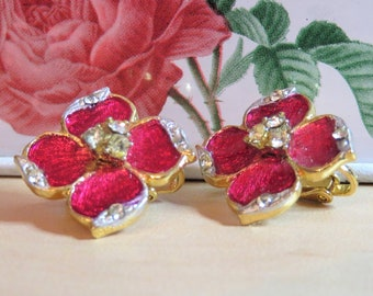 Vintage Pink Scarlet Enamel Flower Clear Crystal Rhinestone Gold Tone Clip On Earrings / Metallic Happy Simple Shiny Mint Condition (E770)