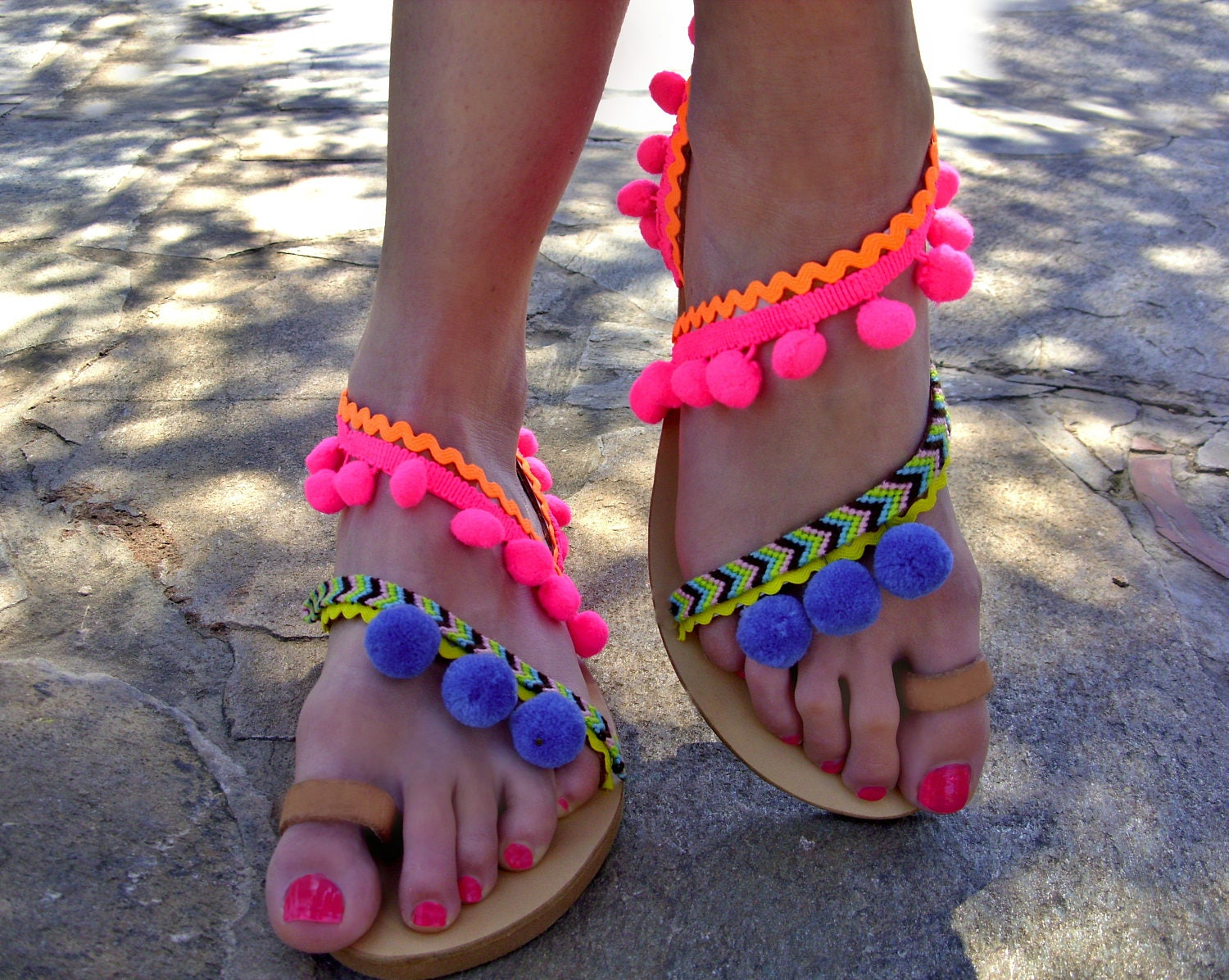 92d1bed0f7c1bd FREE SHIPPING Colorful Sandals