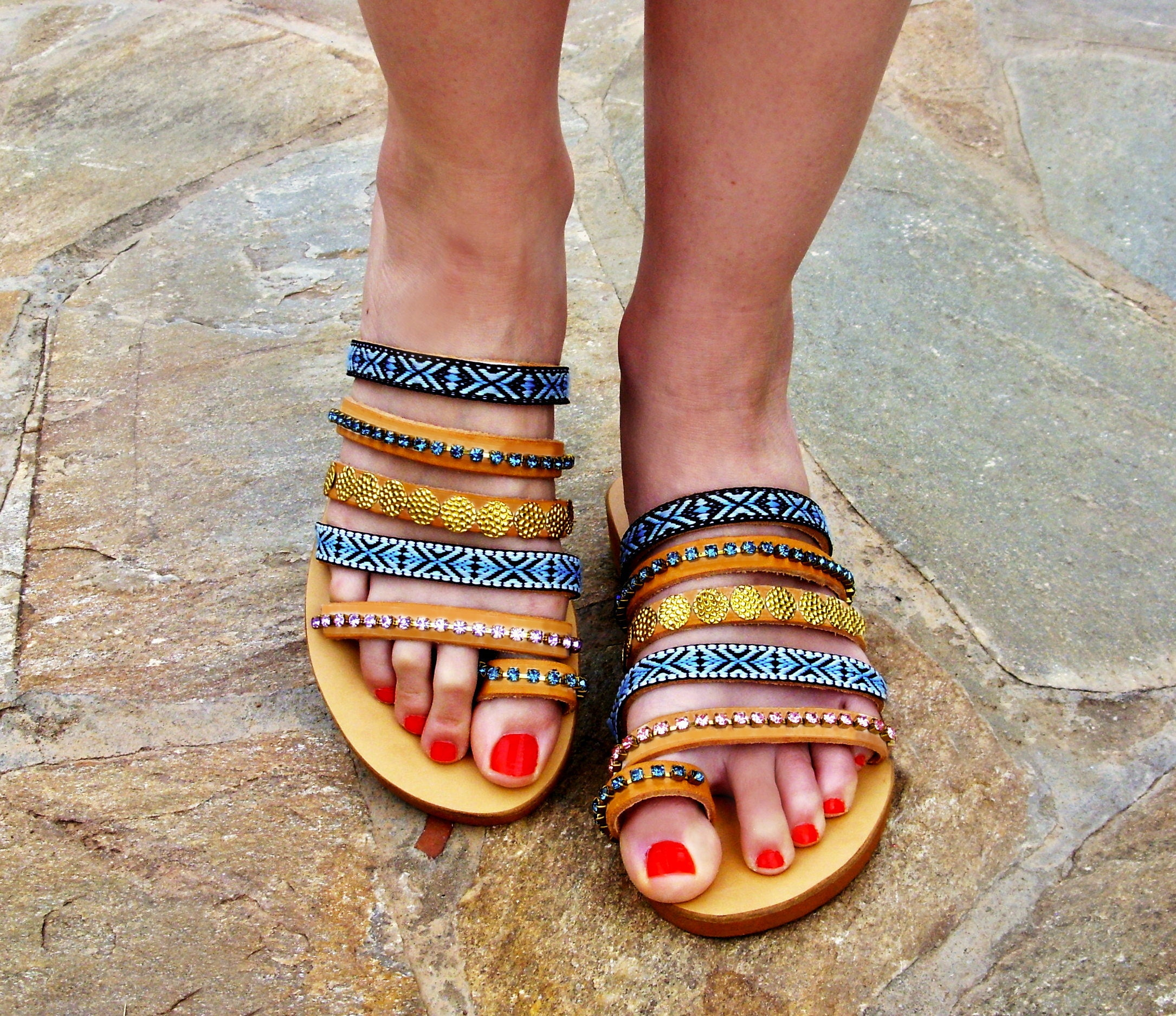 fbe9045608548e FREE SHIPPING Ethnic Leather Sandals