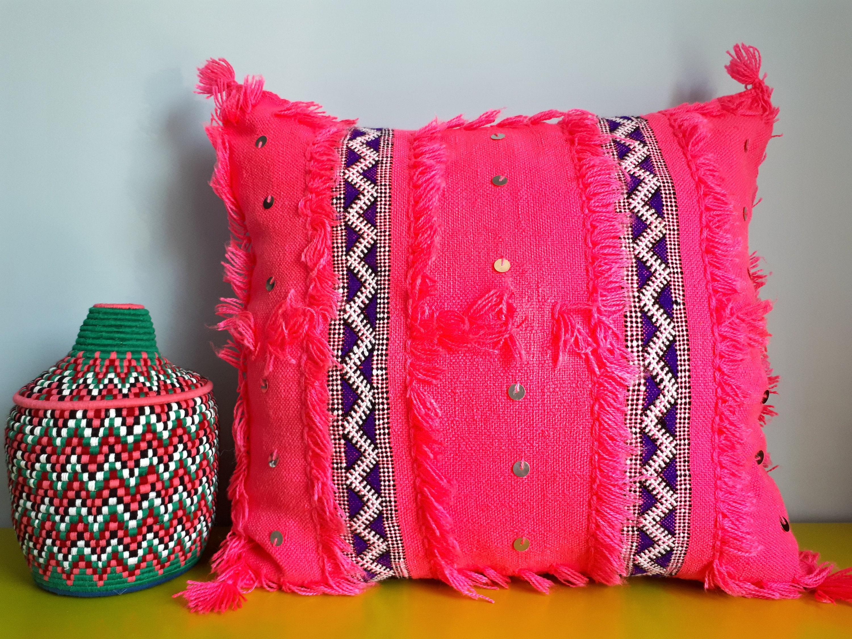 housse de coussin berb re handira laine et sequins fait etsy. Black Bedroom Furniture Sets. Home Design Ideas