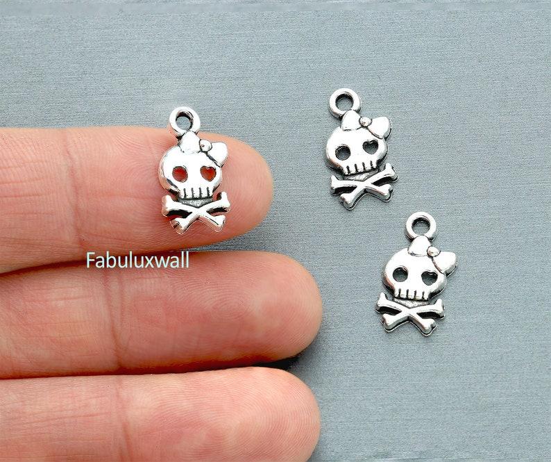 20//60pcs Tibetan Silver 2-Hole Skull head Connectors Charms Pendants DIY Jewelry