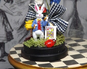 Miniature 1:12th Scale.Dolls House. Diorama Dome. Alice In Wonderland. White Rabbit