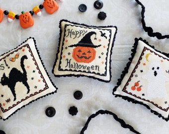 Halloween Triplets Pattern Bundle! All 3 Downloadable PDF patterns in 1! Happy Jack, Scaredy Cat, and Spooky Ghost!