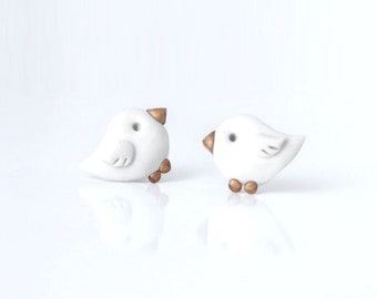 Simple grey bird - new handmade lightweight earrings