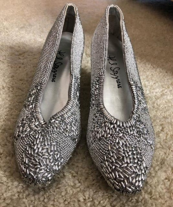 Beaded Silver Pumps -1980's - Size 8-8.5