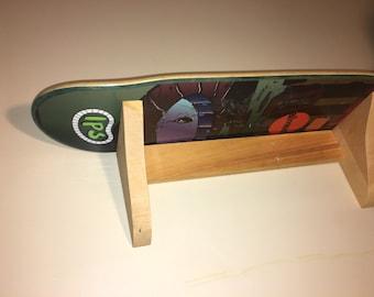 Skateboard Wall Shelf, Single Shelf, Skateboard Deck