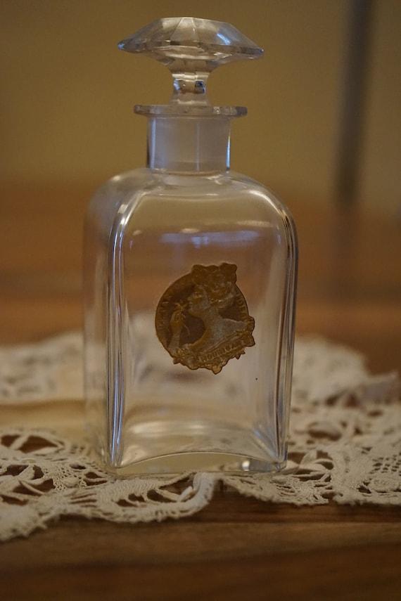 Dating Vintage Baccarat parfumflesjes