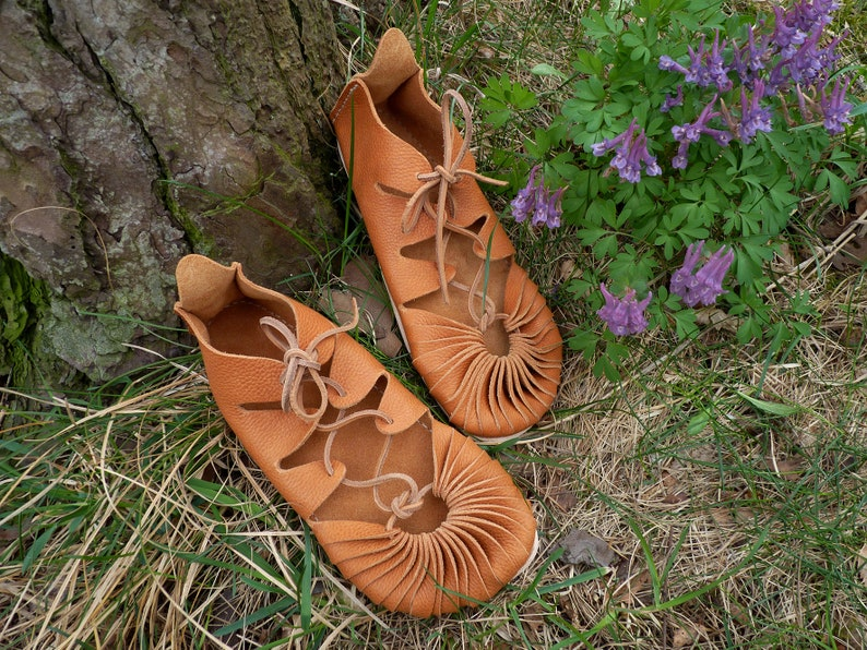 15bdc8ab9cb9a Iron Strong - Leather laces - Minimalist sandals / Barefoot feel / Earthing  / Handmade / Vegetable tanned leather / Iron Age sandals