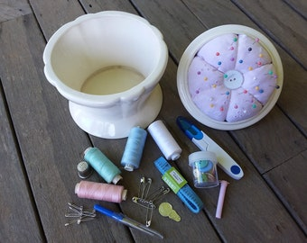 Pin Cushion Sewing Kit