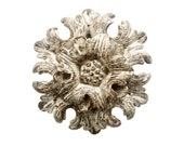 Antique Italian Wood Carving, A Majestic And Large Hand Carved Rosette From Florence With Exceptional Timeworn Patina, 18th Century