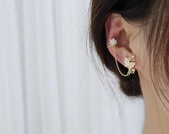 Ear Cuff with chain,Ear CUff,Butterfly earrings,Butterfly ear cuff,Gold ear cuff, Ear Cuff no piercing, Ear Cuffs,Conch Cuff,Cartilage cuff