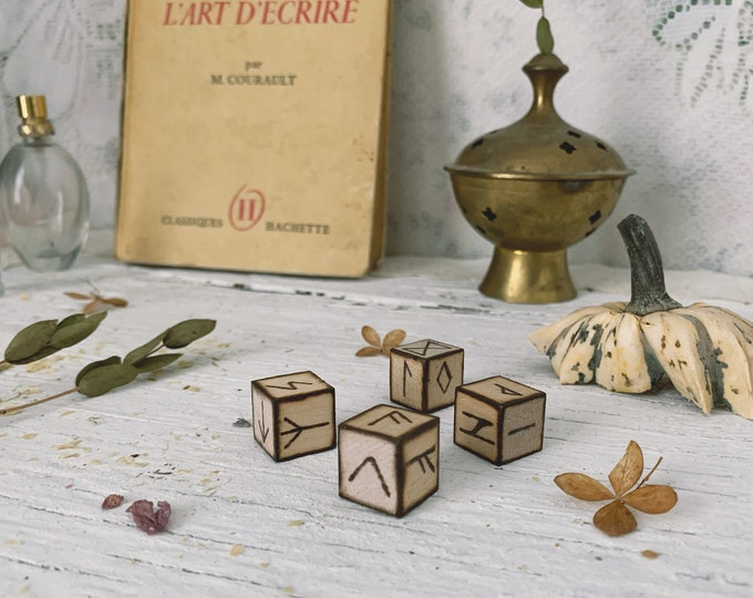 Pyrographed Runic Dice Set