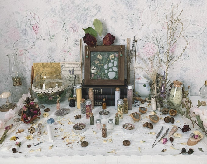 Apothecary Witch Altar // Fairies Edition