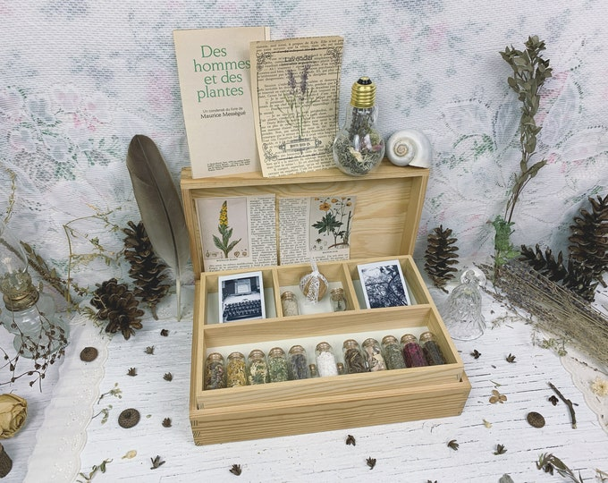 Apothecary Witch Altar // Floral Edition