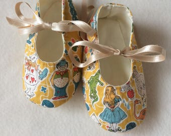 Alice in Wonderland Liberty Print Baby Shoes, Baby Girl, 0-6 Months, Baby Shower, Pram Shoes