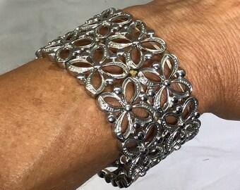 937f19a0f8c Extra wide silver stretch cuff bracelet - floral design