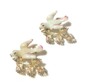 Absolutely Adorable Vintage Dove Dress/Scatter Pins