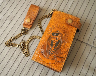 Carved skull wallet, wallet with chain, Chain Wallet, carved wallet, Motorcycle Wallet, Biker wallet chain, Skull wallet hand carved wallet