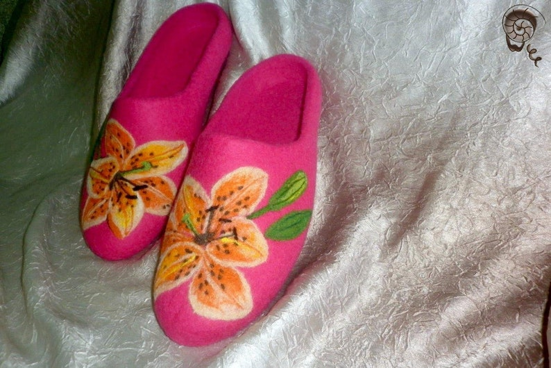 12058ad07c45b Pink Lily Felted Flower Woman Slippers Wool Warm Home Clogs Vegetarian  Shoes Nature Herb Painting Eco Friendly Mother Wife Grandma Gift