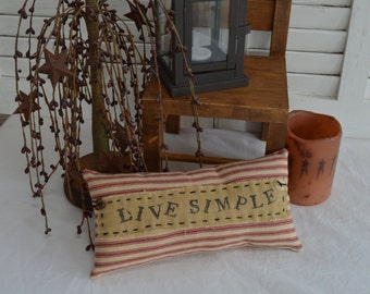Primitive Folk Art Rustic Pillow Tuck