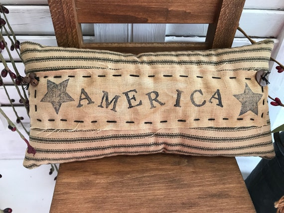 Primitive Folk Art Rustic Pillow Tuck