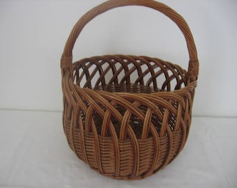 Vintage 1960s French Wicker Market Basket / Round Shopping Basket / Gathering Basket / Display Basket