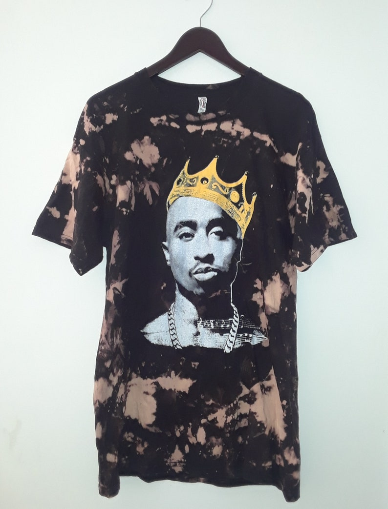 be748e754382 2Pac // Tupac Shakur Crown Vintage Bleached T-shirt | Etsy