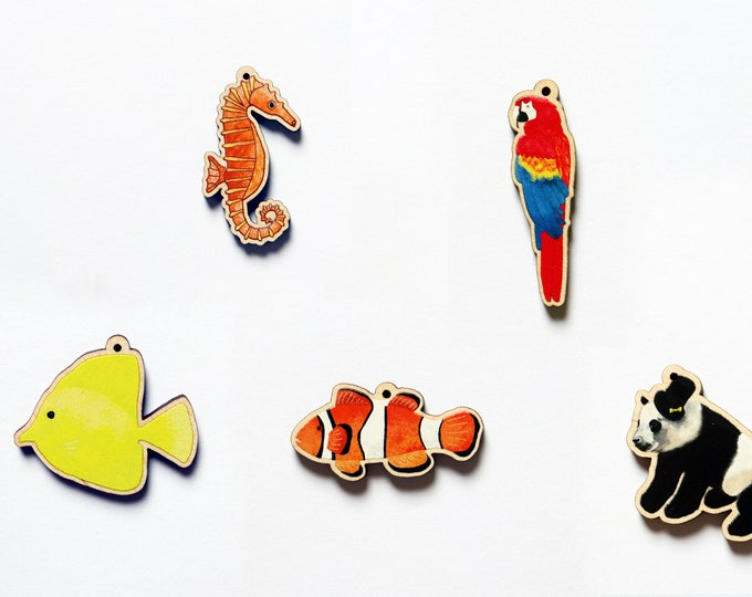 Wooden Animal Charms, Parrot Charm, Fish Charm, Panda Charm, Clownfish Charm, Seahorse Charm