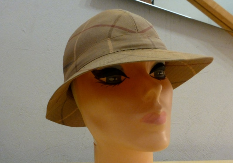 6a35145ae81 Vintage Burberry Nova Check Safari Hat Size Large London WoW