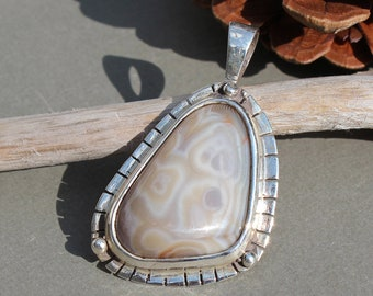 Swirled Tan Lake Superior Agate Pendant set in .950 Sterling Silver