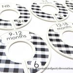 Black and White Buffalo Check Clothes Dividers, Baby Clothes Organizer, Baby Shower Gift Boy or Girl, Available in Baby and Toddler Sizes