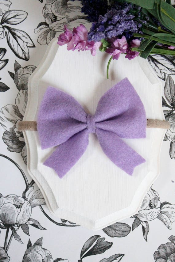 Alfalfa Flower Bow
