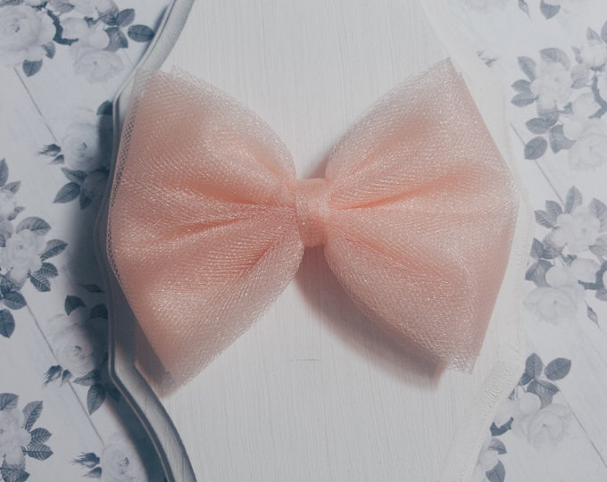 Charly Hair Bow