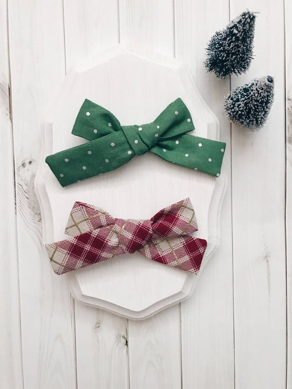 Holly Bow Set