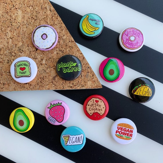 Pinback Buttons Badges Pins Chocolate Cupcake Lapel Pin Brooch Clip Trendy Accessory Jacket T-Shirt Bag Hat Shoe