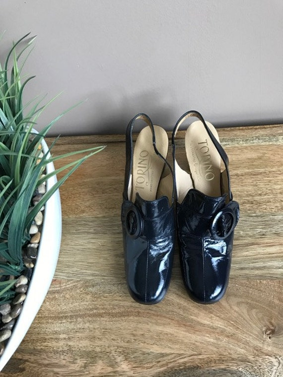 Mod Vintage 1960s Shoes Navy Patent Leather Sling