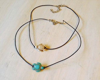 Sandy turtle choker, turquoise turtle choker, beachy turtle choker, beachy choker, turtle charm choker, sea turtle choker necklace