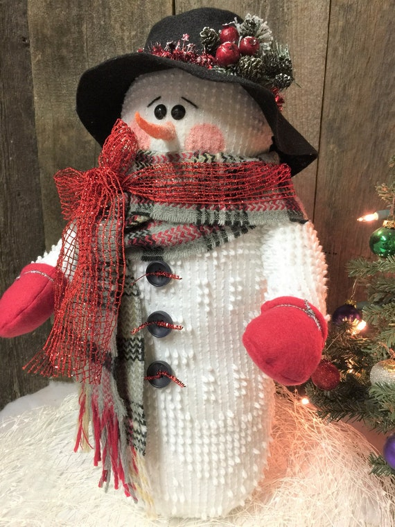 Christmas Snowmen Decorations.Stuffed Snowmen Bailey Christmas Snowman Snowman Decor Christmas Decoration Christmas Decor Christmas Table Decor