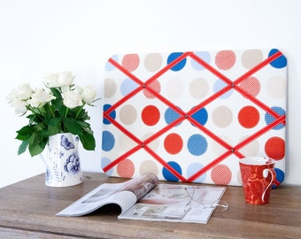 Multi-Coloured Circles Pinboard