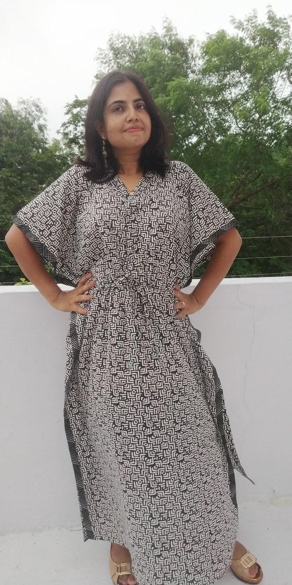 56825c416be20 Geometric black and white maternity robe kaftan cotton caftan