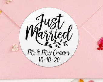 Just married wedding favor labels personalized, Personalised wedding sticker, Custom sticker mr and mrs, Just married round sticker