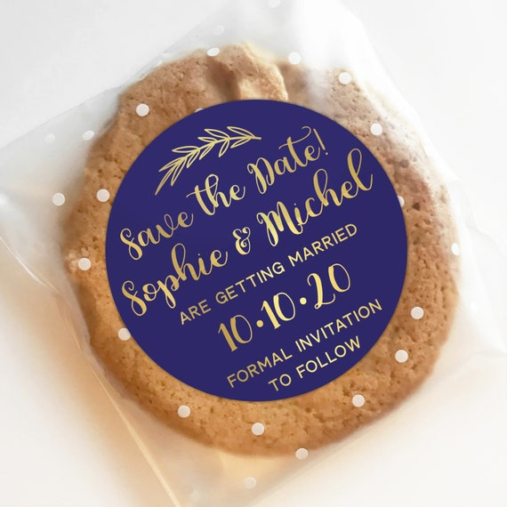 Save the date stickers, Custom round sticky labels by Blooms